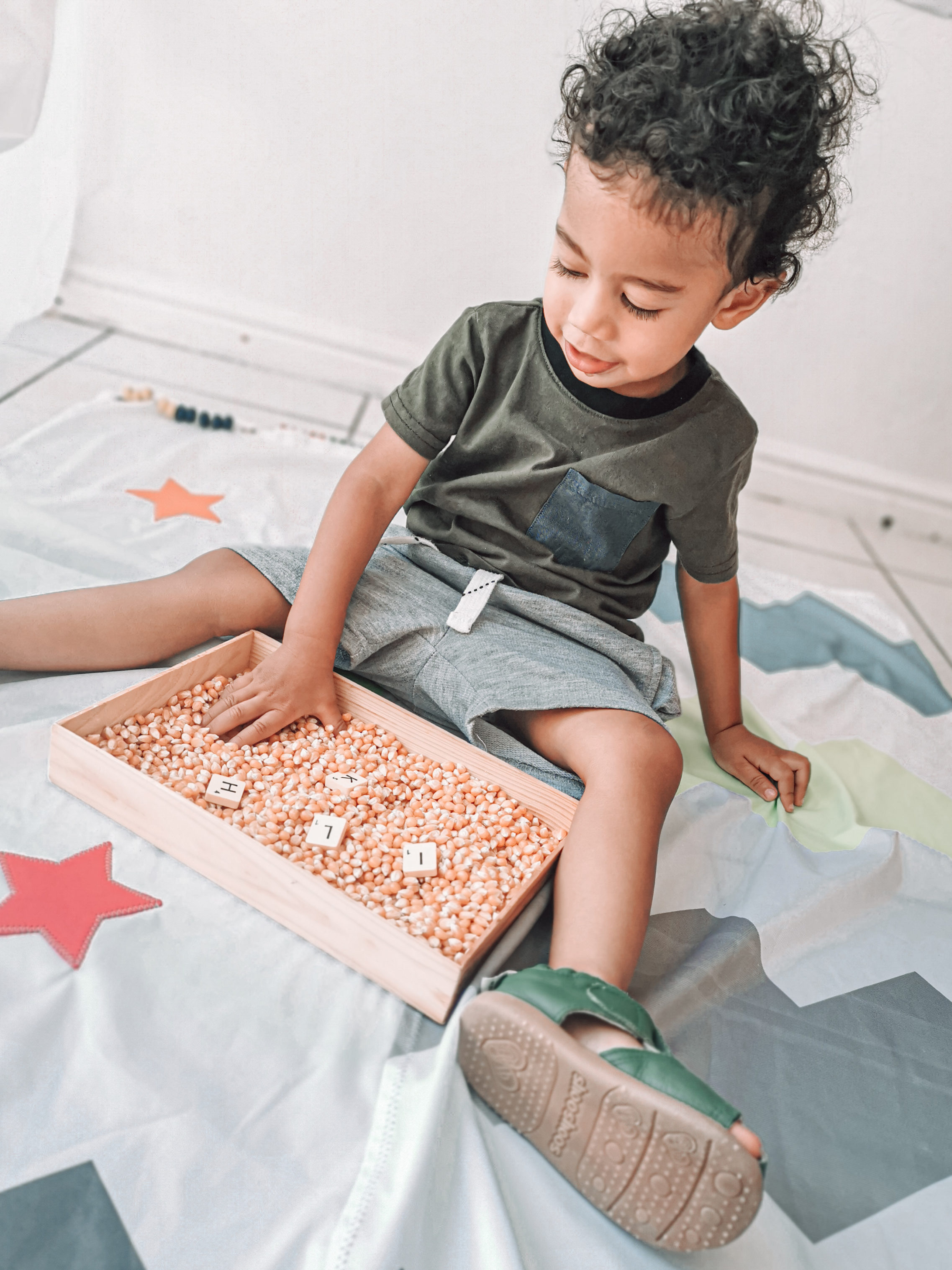 Pop corn sensory box